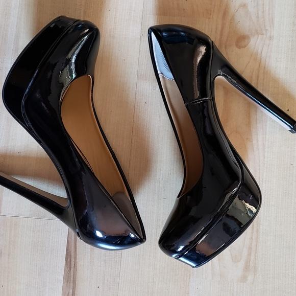 black platform heels size 5